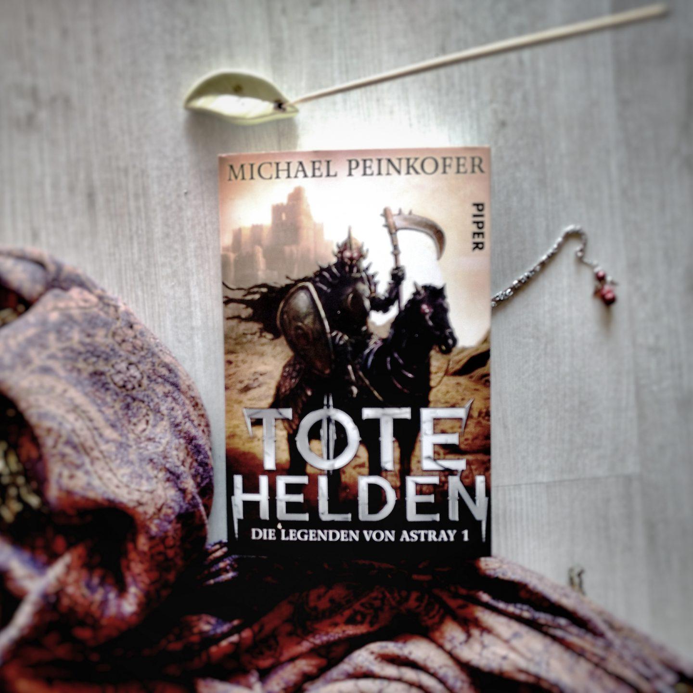 Fremde Heimat – heimatliche Fremde – Das Motiv des Fremden in Michael Peinkofers 'Tote Helden'